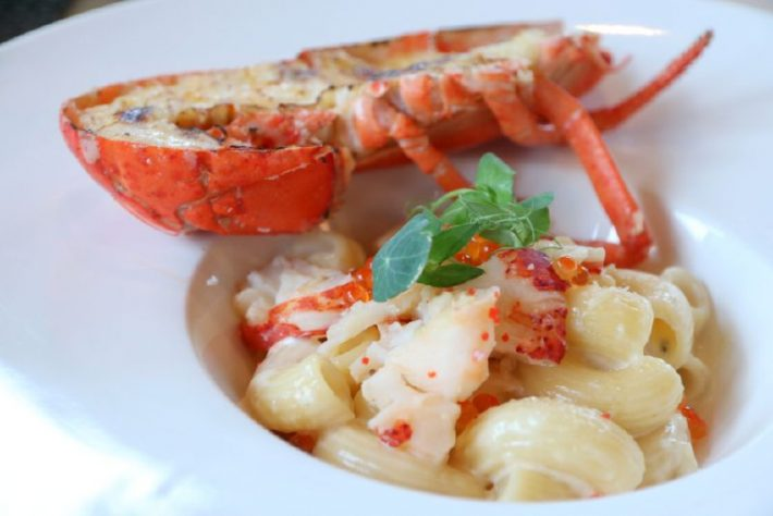 9880453_snippets-lobsterfest-at-lime-restaurant_tbe432424