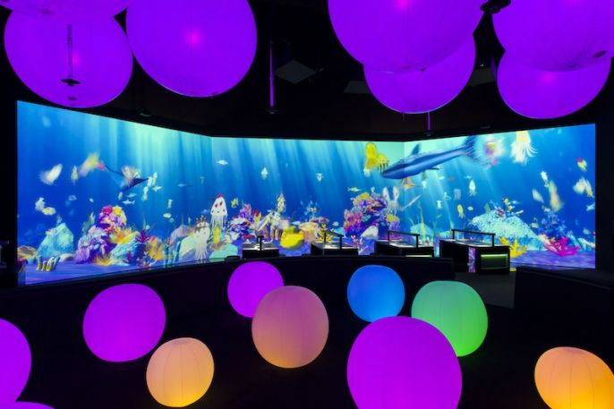sketch_aquarium_light_ball_orchestra_-_future_world_at_artscience_museum_credit_to_marina_bay_sands