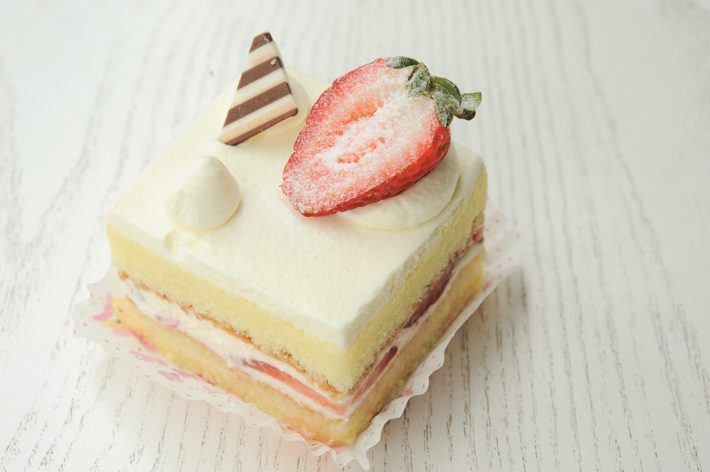 strawberry-shortcake-patisserie-glace