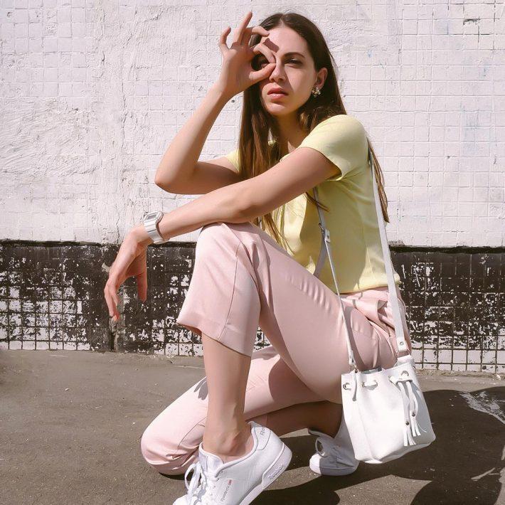 mini-bucket-bag-white-lifestyle2-1000x1000